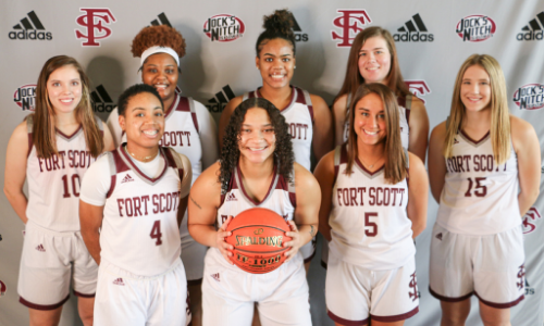 Group picture of the women's basketball team
